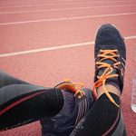 Camari Gear Sports Run and Recover Manchons de Compression pour Les Mollets - Hommes et Femmes - Noir - Compression Sports Calf Sleeves - Black - for Running, Cycling, Triathlon, Crossfit, Gym de la marque Camari-Gear image 4 produit
